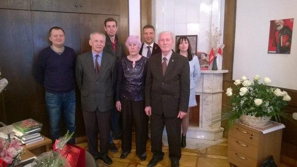 20 апреля коммунисты Адмиралтейского района поздравили с юбилеем Галину Ивановну Баринову