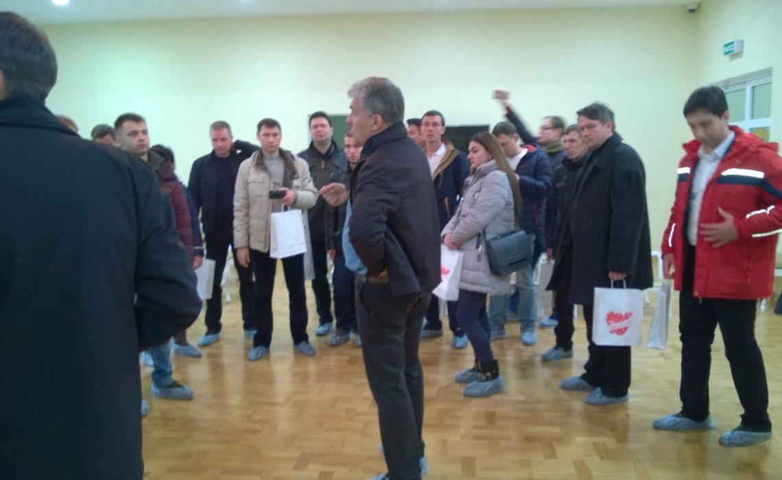 Слушатели Центра политической учебы ЦК КПРФ посетили cовхоз им. Ленина в Подмосковье
